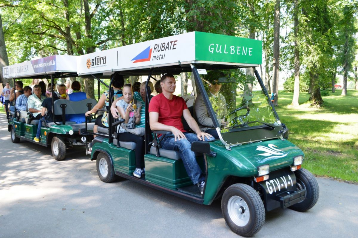 Take a tour by Gulbene tourist train